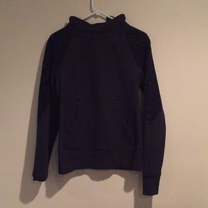 Lululemon Navy Pullover Size 6